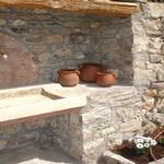 Detall de la pica que hi ha al costat la barbacoa - El jardí de l'Estisora Turisme Rural casa l'hereu