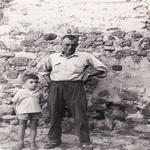 El padrí Ramon i el seu fill Ramon a Casa l'Hereu Montcortès - Qui som? Turisme Rural casa l'hereu