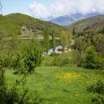 - L'estany a la primavera Turisme Rural casa l'hereu